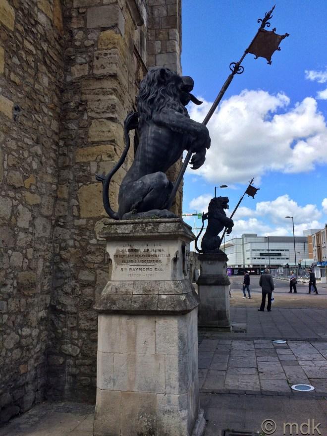 Bargate lions
