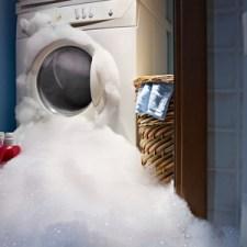 stockfresh_423801_washing machine bubbles overload sizeXS