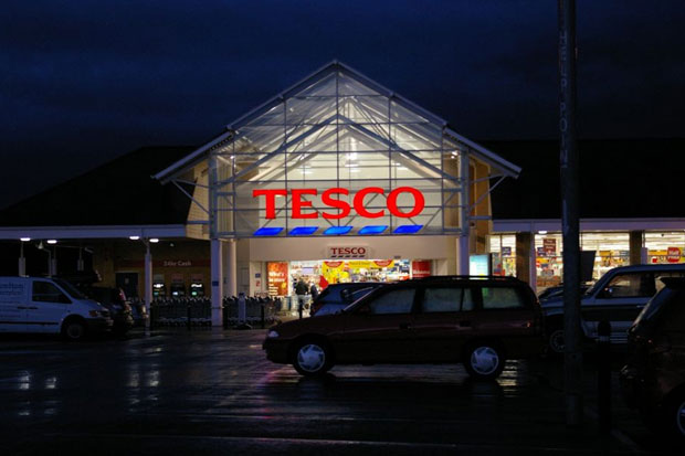 Tesco trials free Wi-Fi in four UK stores