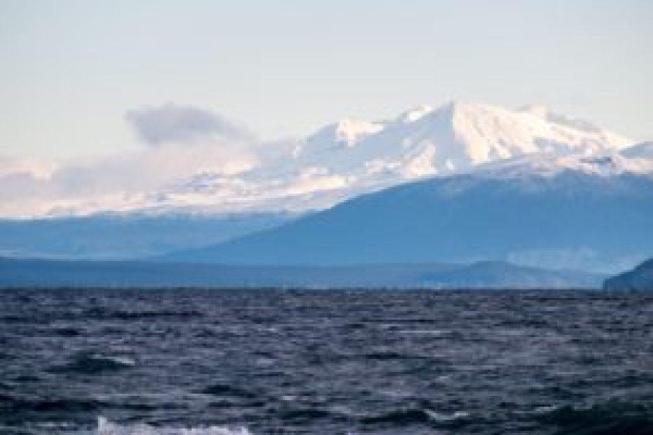 Le parc national du Tongariro enneigé.