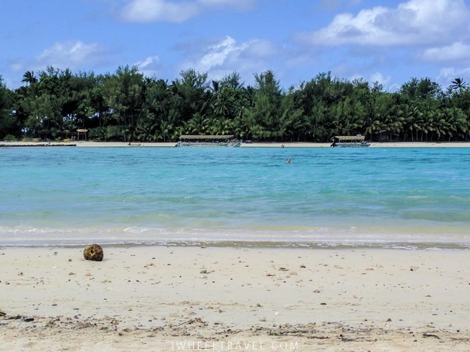 Muri Beach.