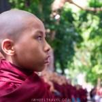 Ce jeune moine fait parti des heureux sélectionnés.