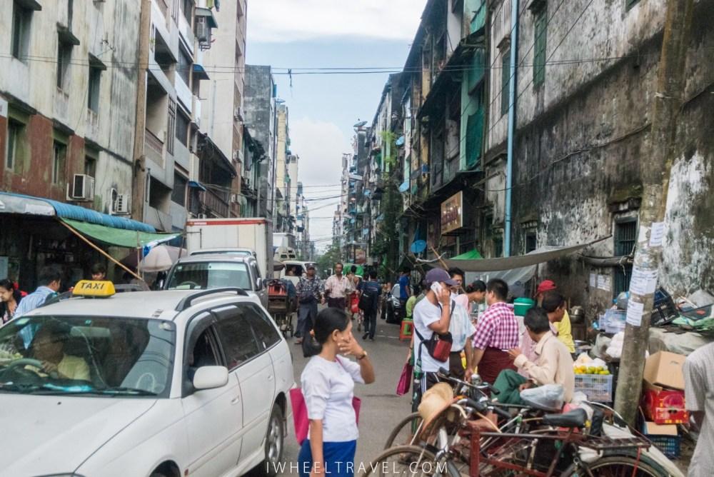 Pas besoin d'être tout prêt d'une pagode pour être entouré de locaux.