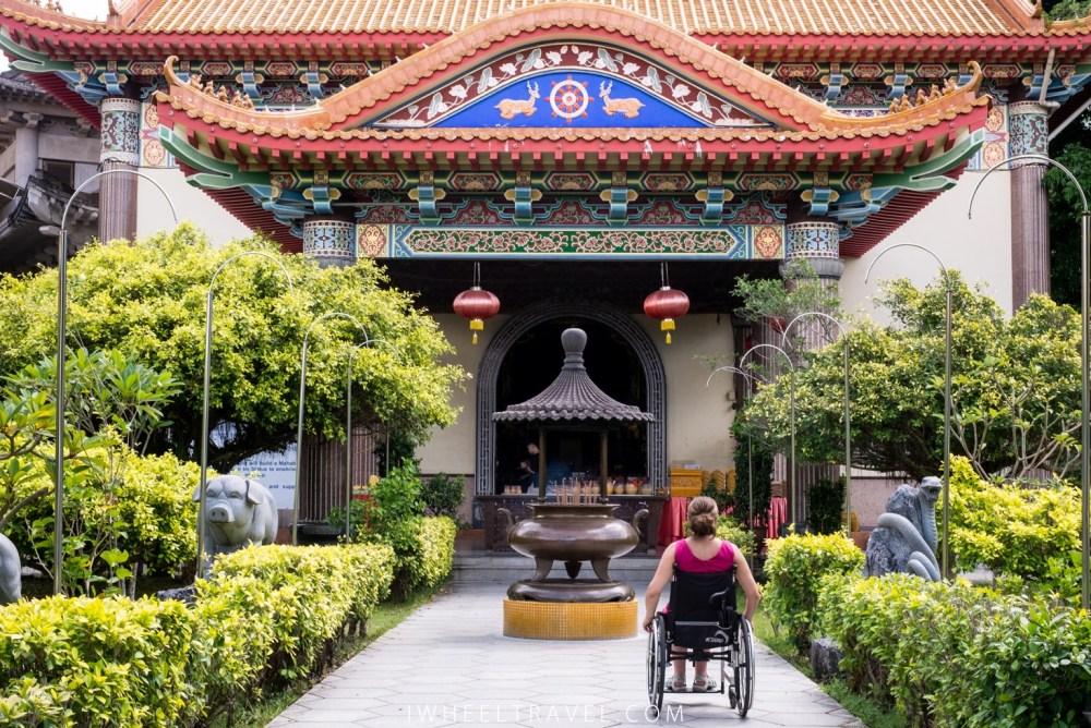 Découverte d'un temple à Penang.