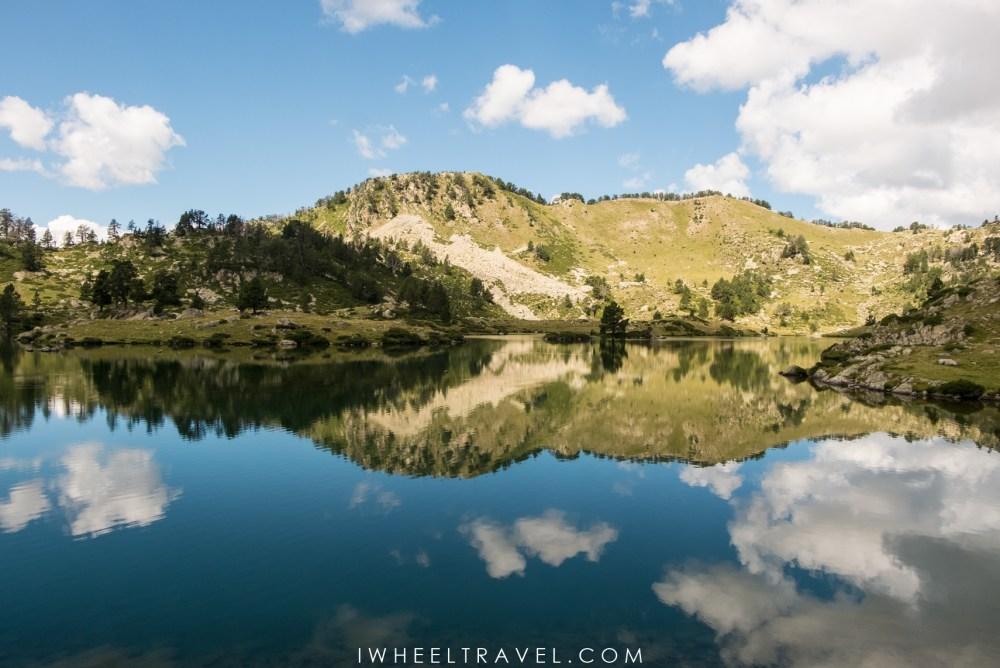 Lac de Bastan, réserve naturelle du néouvielle.