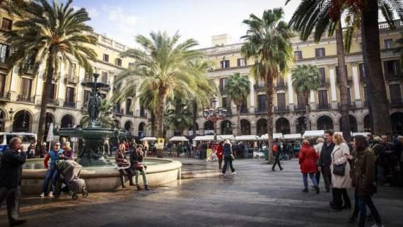 barcelona spanish people conversation