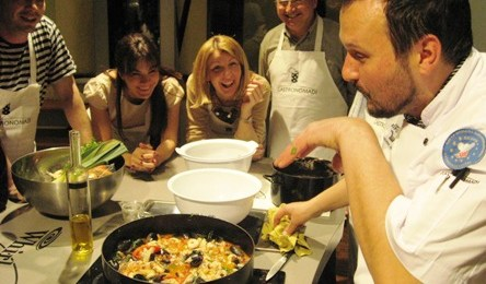 gastronomadi iwinetc 2013 Croatia Social prog
