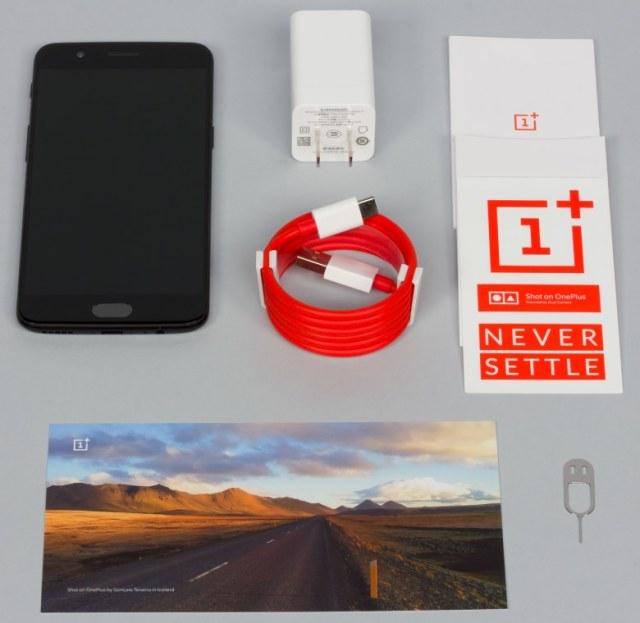 комплект поставки OnePlus 5