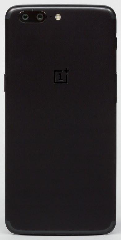 смартфон OnePlus 5, вид сзади