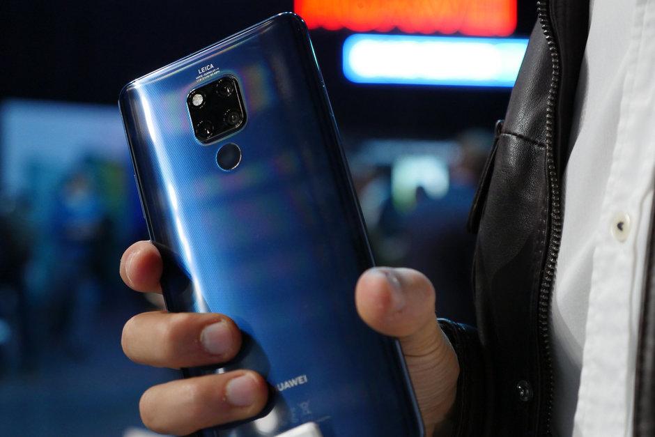 Картинки по запросу Huawei Mate 20 X 5G фото