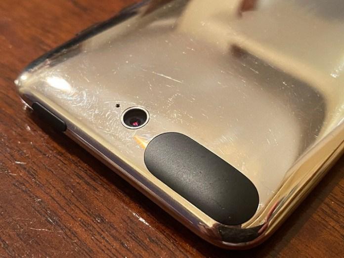 Мечта коллекционера. iPod Touch третьего поколения с камерой на качественных фото