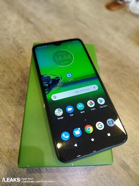 Первая распаковка и живые фото новинки Motorola
