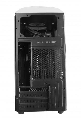 В корпусе для ПК X2 Spritzer 22 помещаются карты расширения длиной до 320 мм