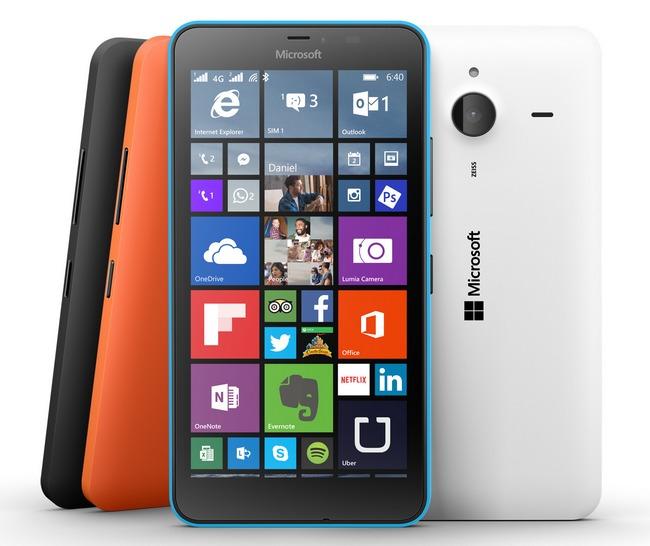 За год продажи смартфонов Microsoft Lumia  снизились почти втрое