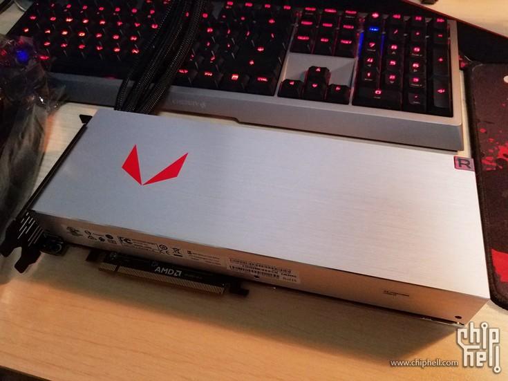 Появились снимки Sapphire Radeon RX Vega 64 с ЖСО