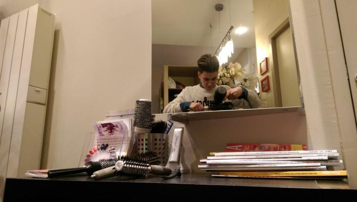 C'est l'histoire d'un coiffeur - Crédit photo izart.fr