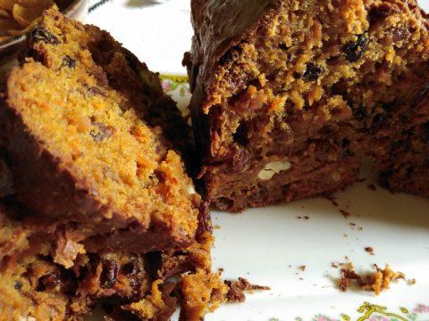 Le fabuleux carrot-cake au cassis de M - Crédit photo izart.fr
