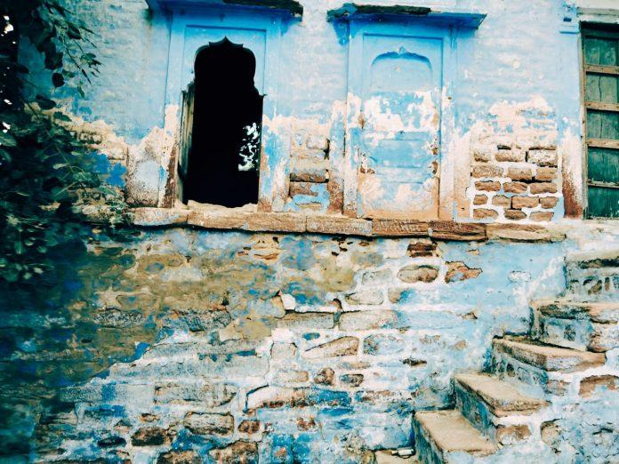 Après Jaisalmer la jaune voilà Jodhpur la bleue - crédit photo izart.fr