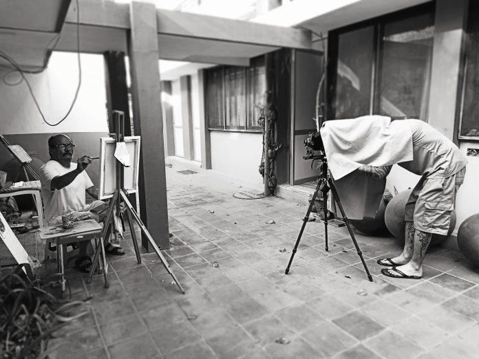Portraits en cascade pendant le confinement - Crédit photo izart.fr