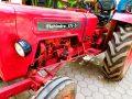 Papa et ses tracteurs - Crédit photo izart.fr