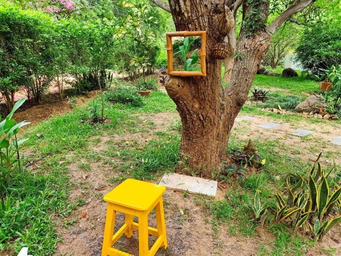 Faire salon au jardin - Crédit photo izart.fr