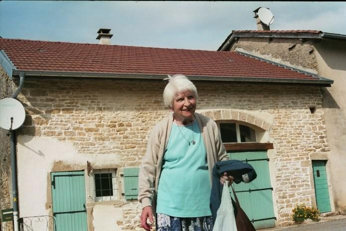 Te souviens-tu avec mamie - Crédit photo izart.fr