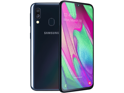 Samsung Galaxy A40 with iPad and Tablet