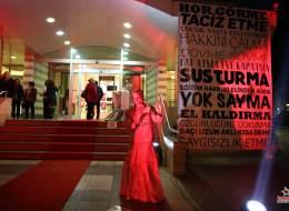 İzmir Canlı Heykel
