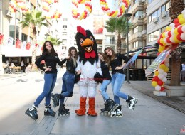 Patenli İlan ve Broşür Dağıtımı Çizgi Film Maskotları Kiralama Açılış Organizasyonu İzmir