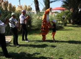 Aile Günü Organizasyonu Kostümlü Karakterler Kiralama İzmir
