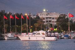 Saatlik tekne kiralama izmir tekne kiralama 2 - Saatlik Tekne Kiralama