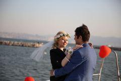 teknede romantik evlilik teklifi organizasyonu izmir tekne kiralama 5 - Teknede Romantik Evlilik Teklifi Organizasyonu