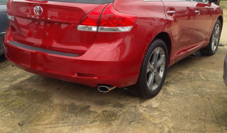 Toyota Venza 2010 Red full