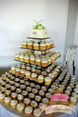 (635) Monogram Cupcakes