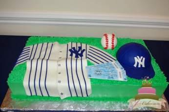 (712) NY Yankees Jersey Cake