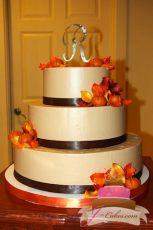 (1077) Autumn Theme Wedding Cake
