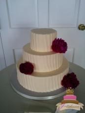 (1120) Vertical Textured Buttercream Wedding Cake