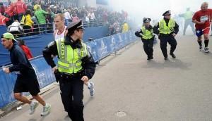 200826_polisi-as-di-kota-boston-bereaksi-setelah-insiden-ledakan-bom_663_382