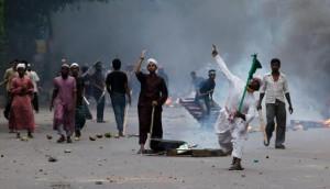 203735_bentrokan-di-bangladesh_663_382