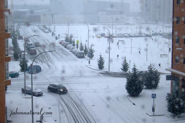 Escena de nieve en Madrid - jabonnatural.com