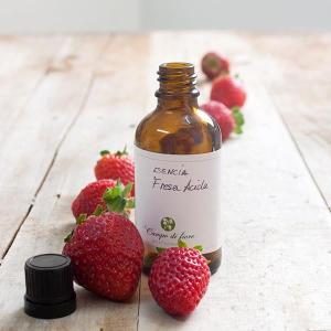 Esencia de fresa cosmética