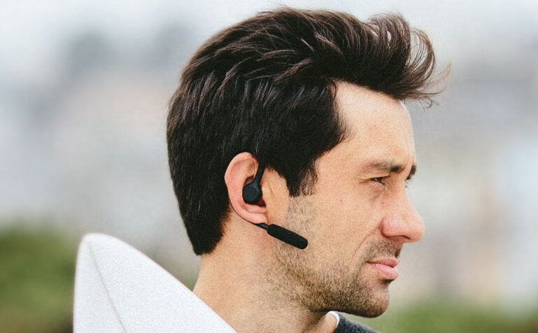 Wind Noise Reduction In Bluetooth Mono Headsets How It Works Jabra Blog