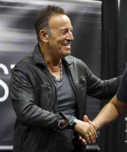 barnes-noble-bruce-springsteen-black-leather-jacket