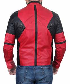 deadpool-2-ryan-reynolds-jacket
