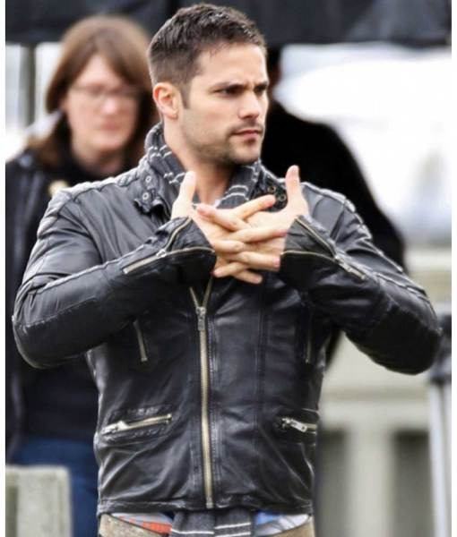 brant-daugherty-black-leather-jacket