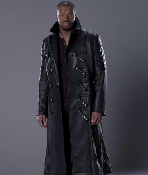 travis-verta-coat