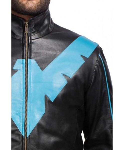 nightwing-dick-grayson-black-jacket