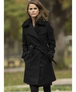 elizabeth-jennings-coat