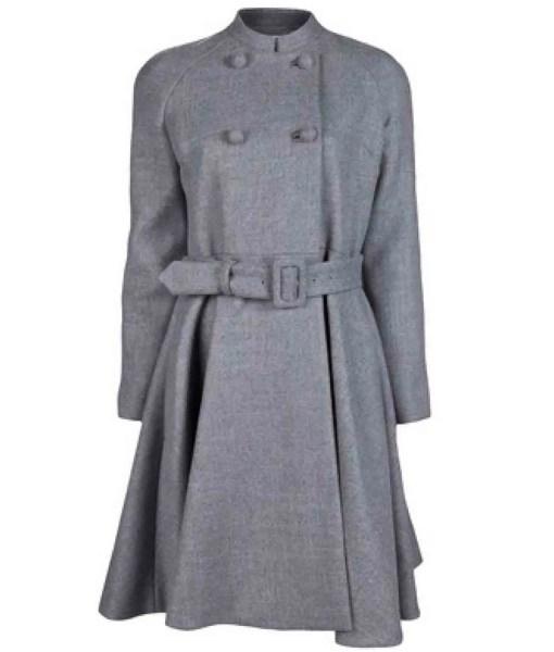jennifer-lopez-grey-coat