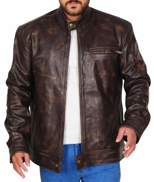 lucas-till-tv-show-macgyver-leather-jacket